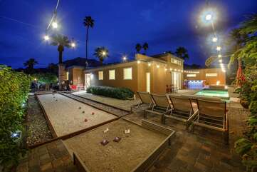 Bocce ball, anyone? Challenge a friend to a game of Bocce or horseshoe. Game on!