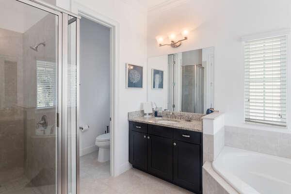 Beautiful ensuite master bathroom