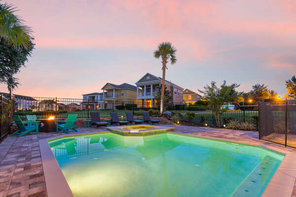 Go for an evening swim in this inviting pool