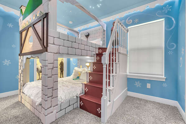 Little ones will feel like they are in Arendelle in this custom bedroom