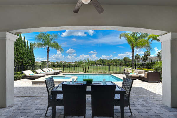 Enjoy a meal or a snack in the gorgeous Florida weather