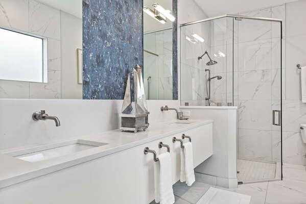 Luxurious ensuite bathroom