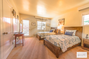 Beach retreat close to Carmel by The Sea - twin beds
