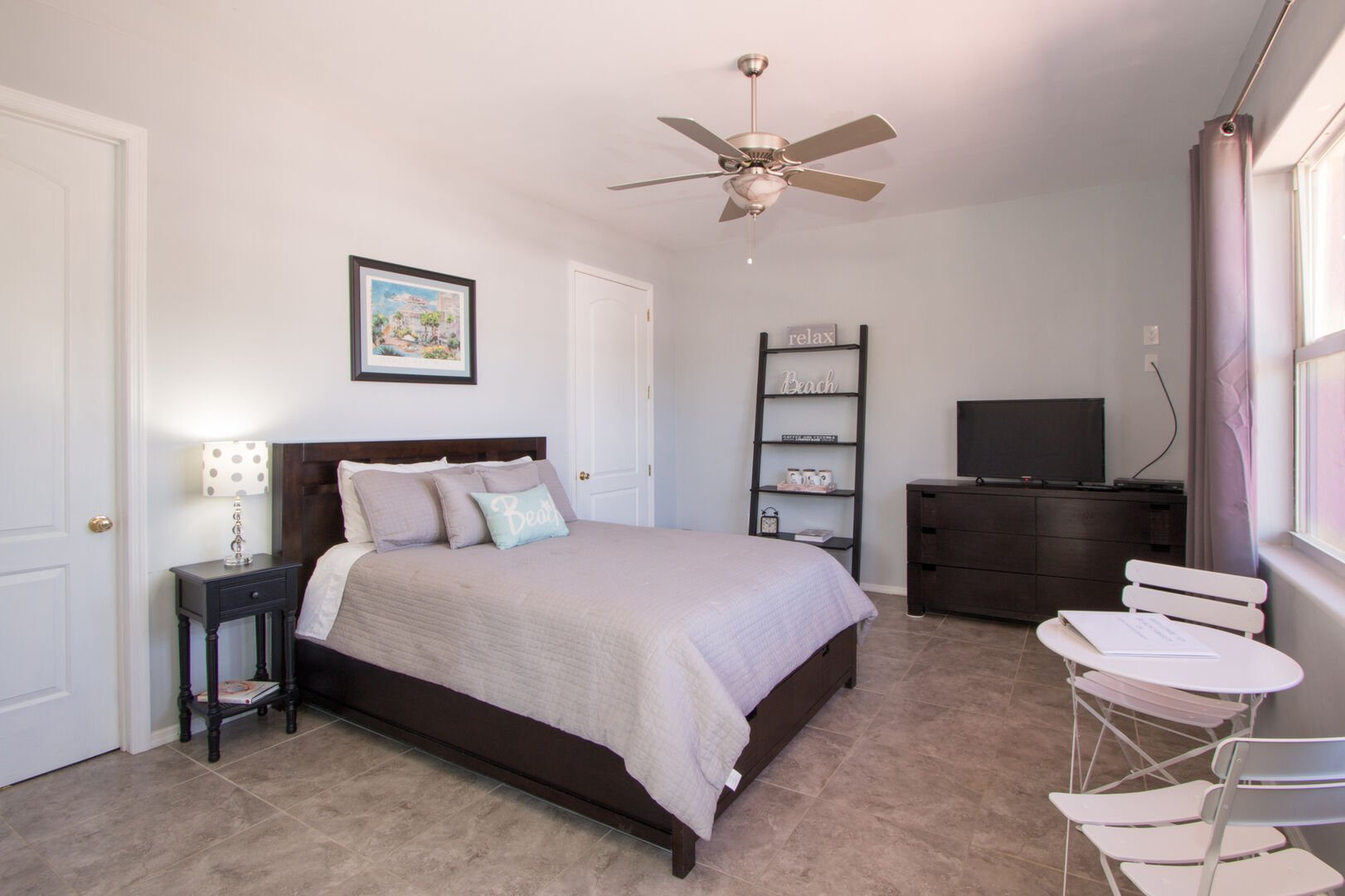 Guest bedroom with full bed in our vacation home in Fort Myers Beach