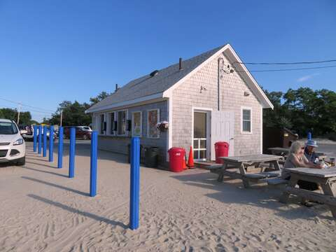 Snack shack at Skaket Beach where you can get a lobster roll for just $12! - Orleans Cape Cod - New England Vacation Rentals
