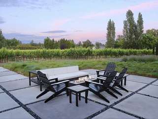 Share stories with friends around the gas fire pit, while you marvel at amazing Sonoma County sunsets