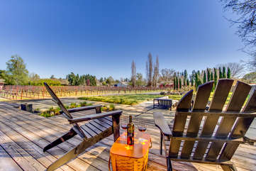 Sip a glass of your favorite wine while overlooking acres of Sauvignon Blanc and Zinfandel grapevines