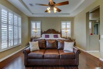Queen sofa sleeper and an extra twin bed in the closet, plenty of extra sleeping room!