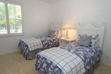 Two twin beds for guests