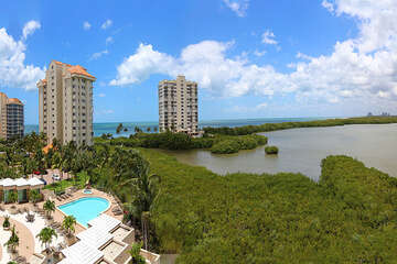 Spectacular Clam Bay and the Gulf view!