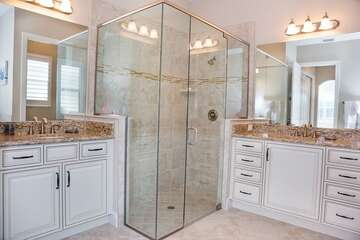 Large Master Bathroom Walk in Shower and separate Tub and Counters