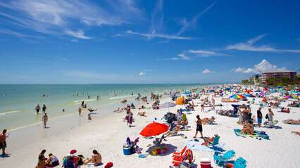 Beaches of Sanibel Island and Fort Myers Beach short drive from Bea Rivage