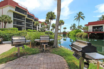 BBQ grill are located throughout the complex for those much desired family cookouts!