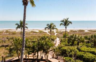 Gulf views and sea breezes!