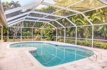 Screened in Lanai with Pool