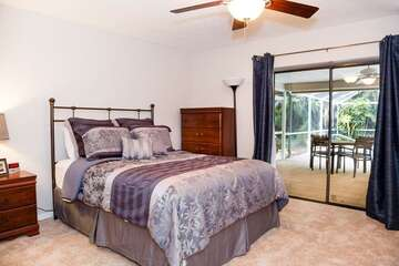 Queen Guest Bedroom with Lanai Access