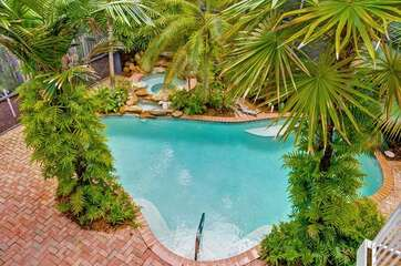 Copa Captiva is located in the heart of Captiva on Andy Rosse Lane but has a very private pool and spa area that is surrounded by lush tropical landscaping!