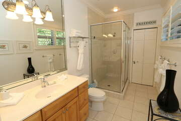 Guest bathroom offers privacy!