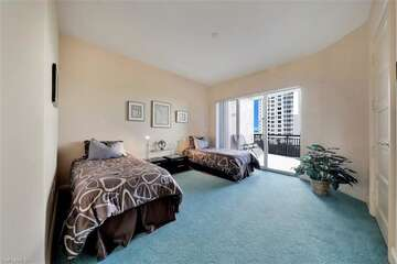 Sizeable bedroom, perfect for guests