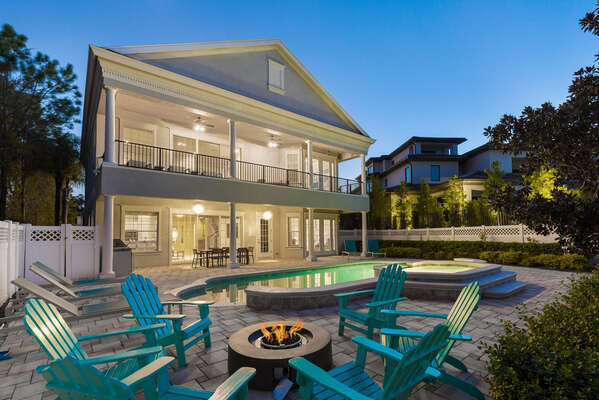 Hang out by the fire pit and enjoy gorgeous Florida evenings