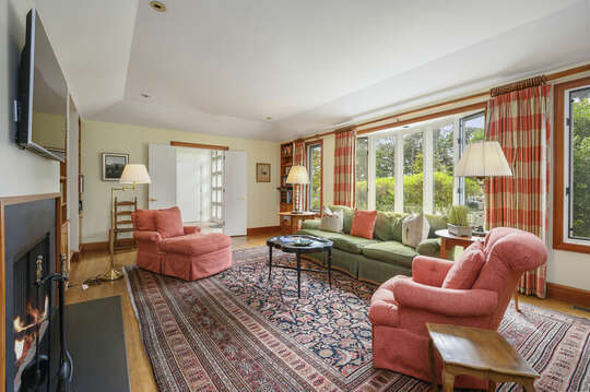 Flat Screen TV and Study. 66 Rush Drive Chatham Cape Cod New England Vacation Rentals