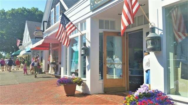 Down town Chatham- Cape Cod- New England Vacation Rentals