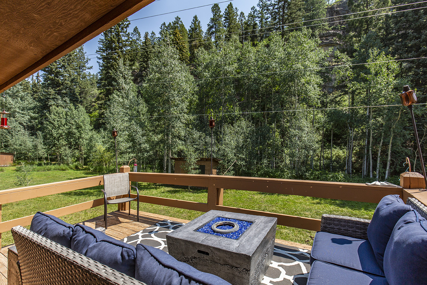 upper deck with firepit