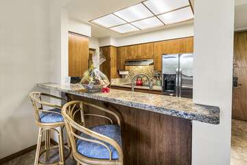 Kitchen/Fruit Basket included for stays over 7 nights