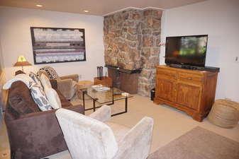 Aspen Mountain Condominium (363201)