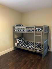 Lower level Guest Room - Twin size bunks!