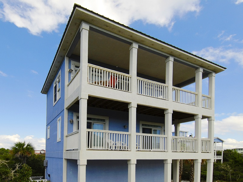An Outdoor Image of the Vacation Home in Gulf Shores.