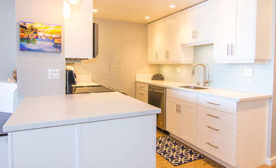 Beautifully remodeled bright, fully stocked kitchen