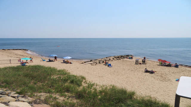 Just a great beach to enjoy your day! Sea Street Beach Dennisport Cape Cod New England Vacation Rentals