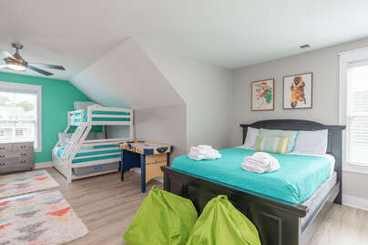 Many sleeping options with bunk beds and queen bed