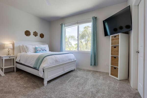 Guest Bedroom w/ Queen & Twin/Twin - 2nd Floor