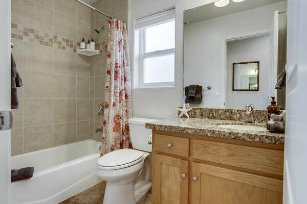 Guest Bathroom w/ Tub/Shower Combo - 2nd Floor