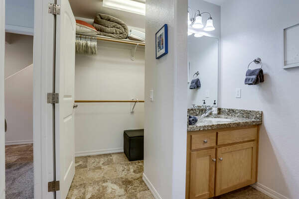 Guest Walk-In Closet & En-Suite Bathroom - 1st Floor