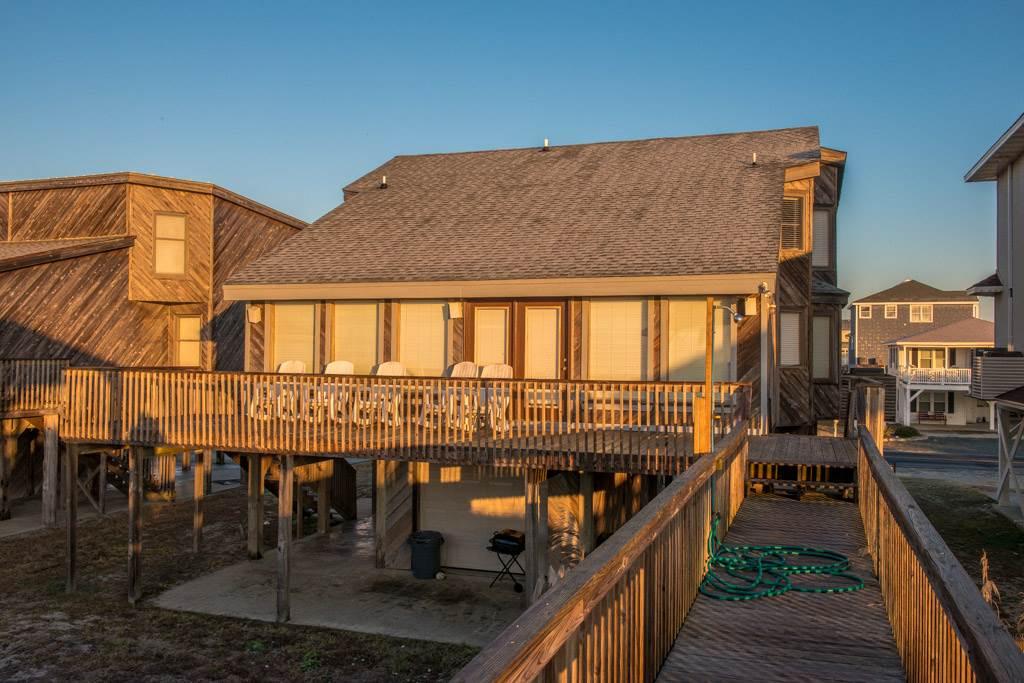 166E1 - Oceanfront House