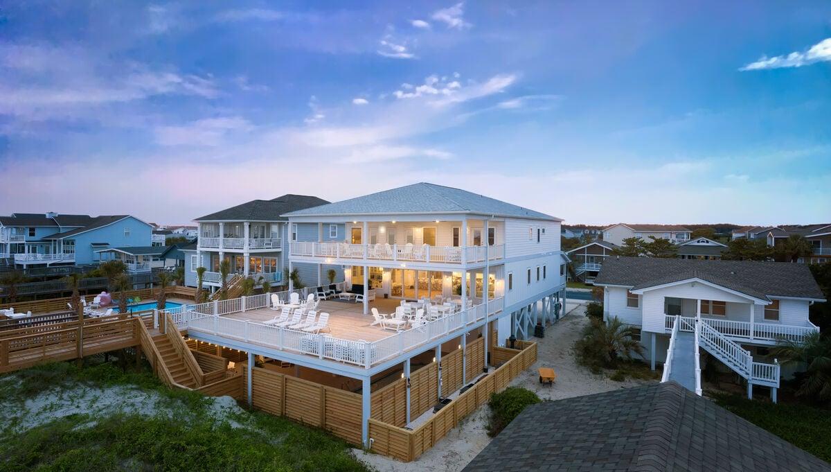 211W1 - The Citrus Beach Club - Luxury Home