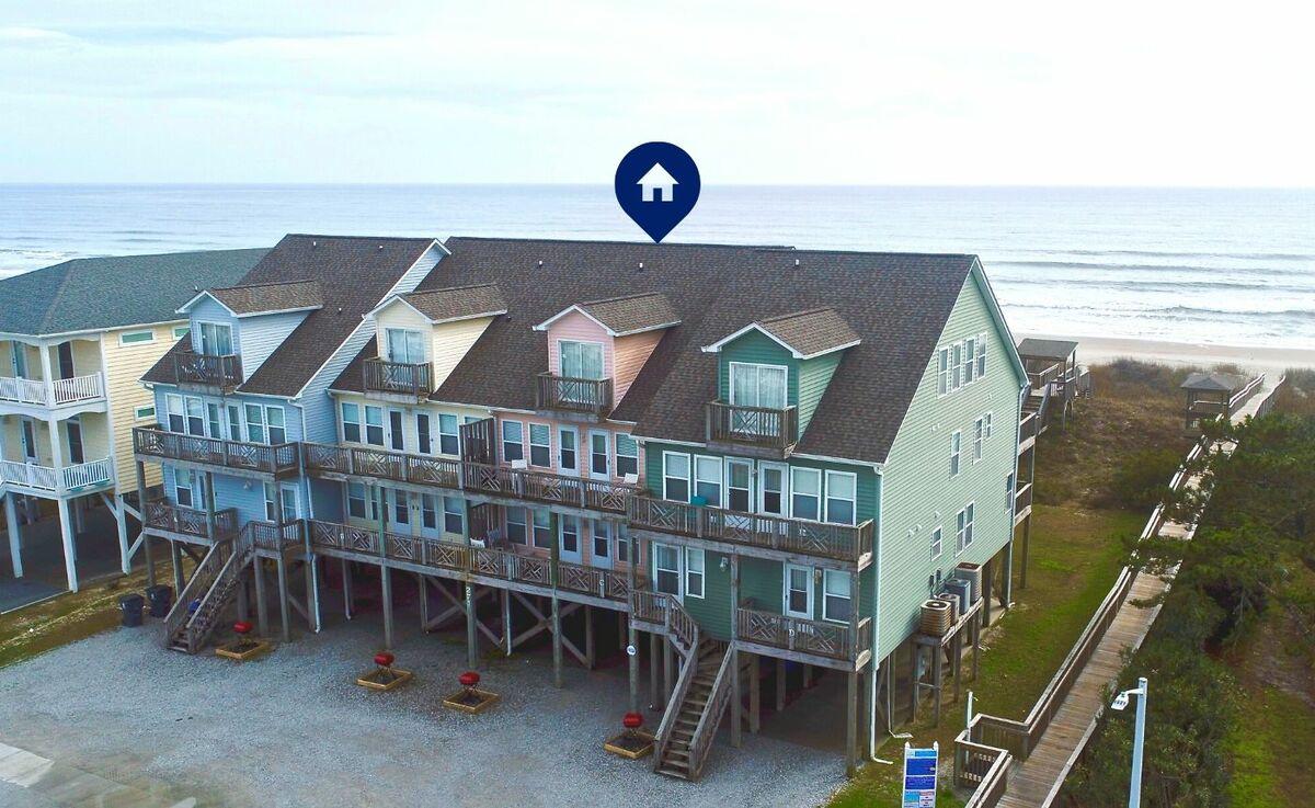 271W3 - Oceanfront Quadplex