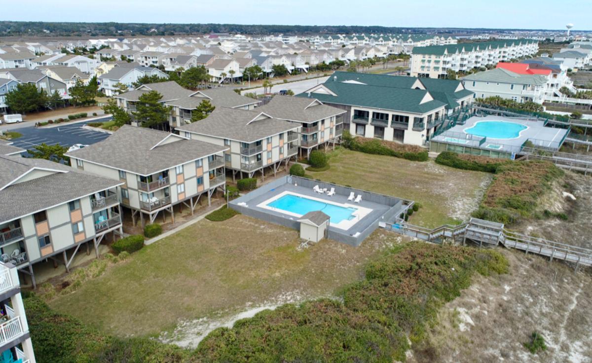 Oceanfront Complex  Side View Condo SCH3