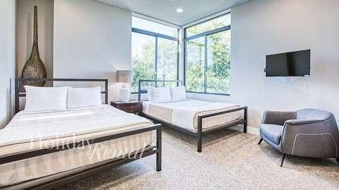 Bedroom 3- 2 Queens