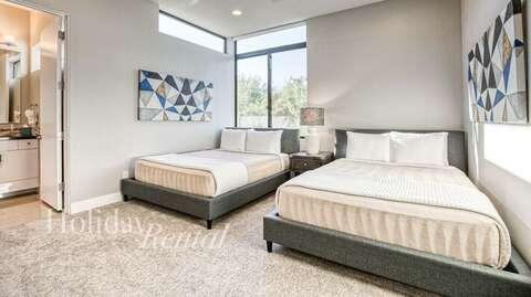 Bedroom 4- 2 Queens