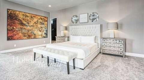 Master Bedroom- 1 King