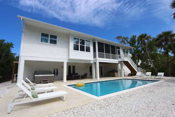 Back of house, grill, spa and heated pool