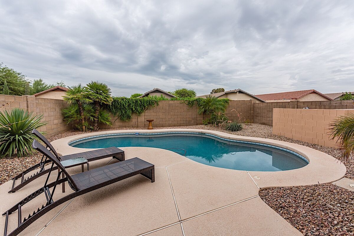 Large Private yard with private pool!