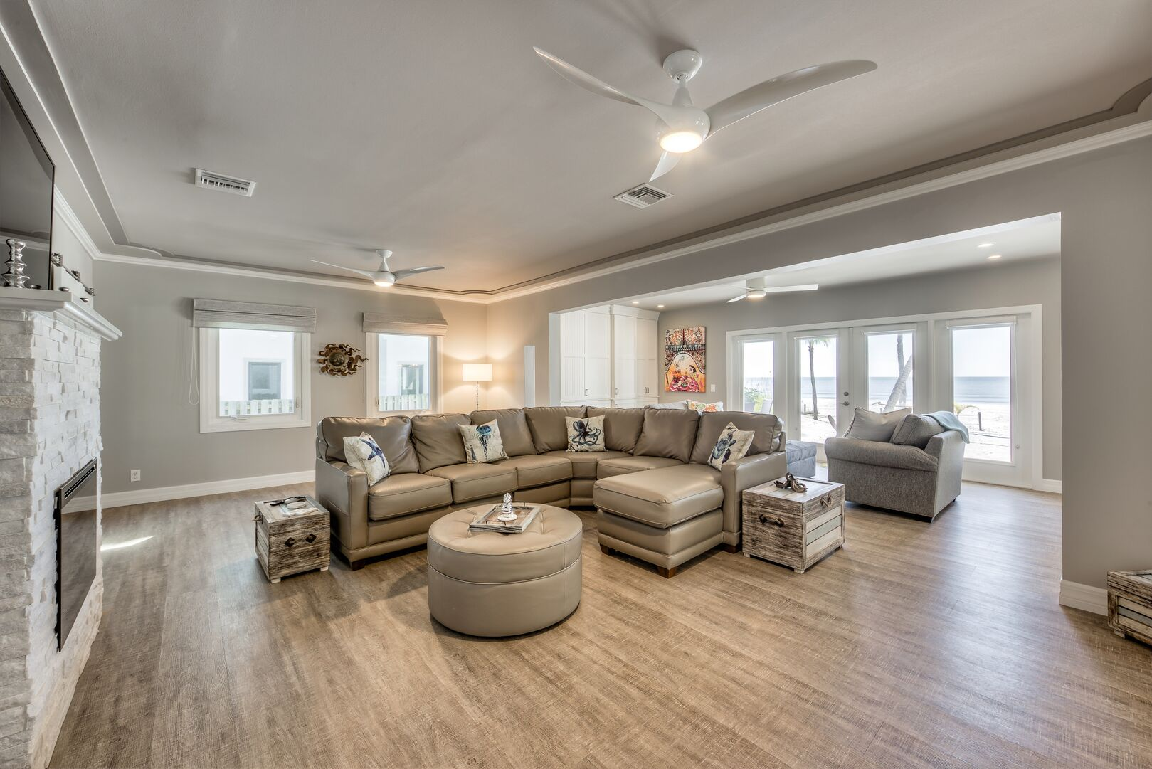 Spacious living area in our Fort Myers cottage