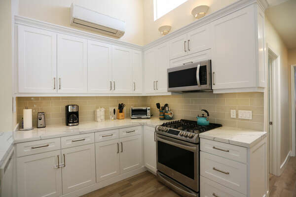 Fully Remodeled Kitchen with All the Essentials
