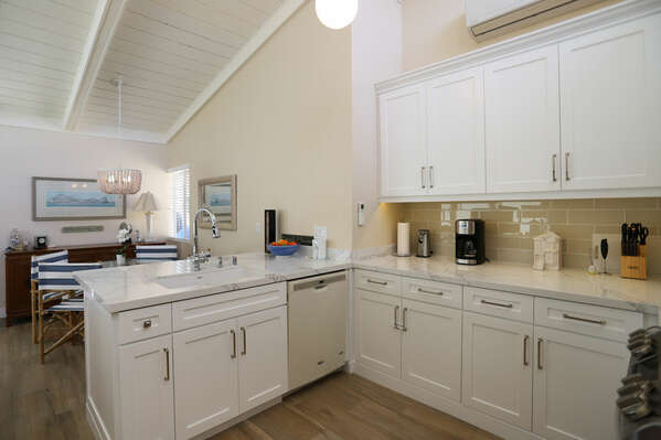 Kitchen and Dining Area in our Mission Beach Condo Rental