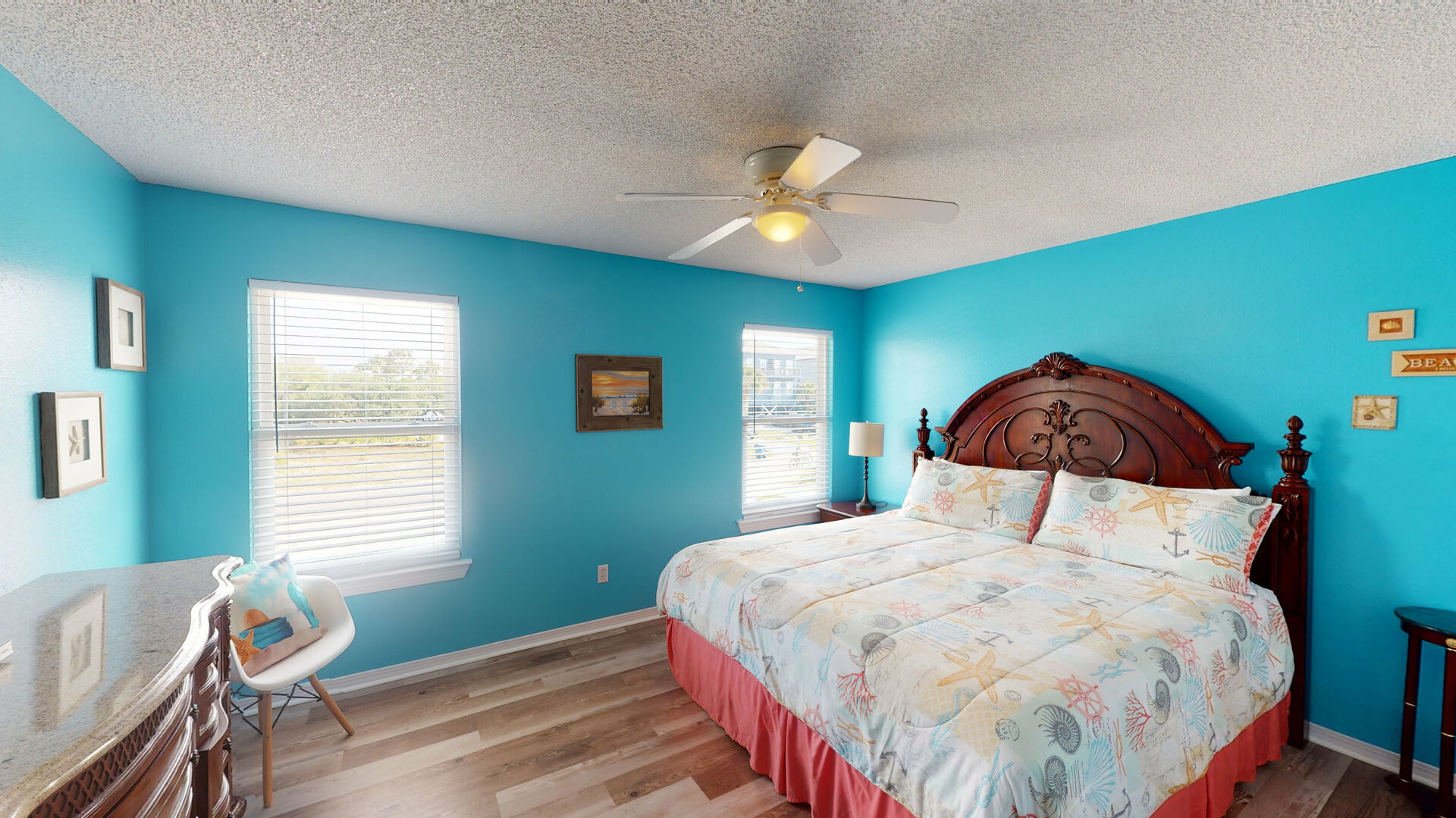 Spacious Bedroom in Vacation Rental in Gulf Shores.